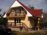 Dom +Dacia- Na jednej posesi (W Inskich parku Krajobrazowym)