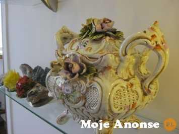 Sprzedam stylową Waze z Hiszpanii porcelana ręczna robota