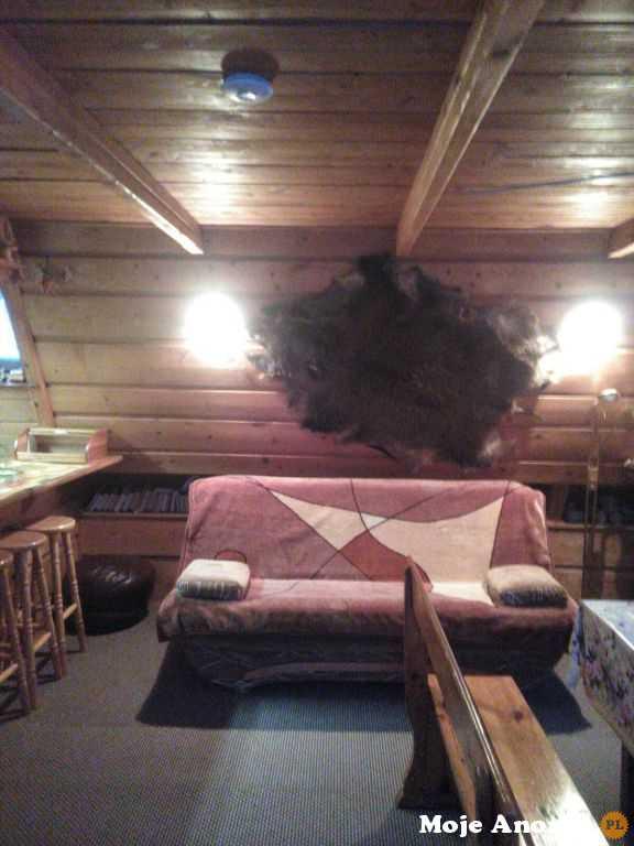 Domek nad jeziorem Ińsko (W Ińskich Parkach Krajobrazowych )