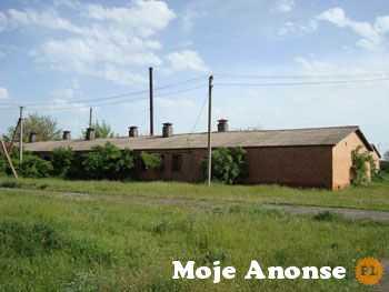 Ukraina. Sprzedam budynki z dzialkami rolnymi pod inwestycje.